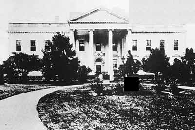 19 The White House in 1860