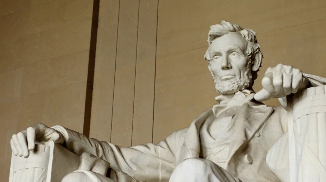 3 The Lincoln Monument