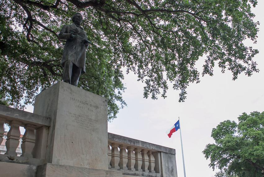 47 President Jefferson Davis Statue Texas