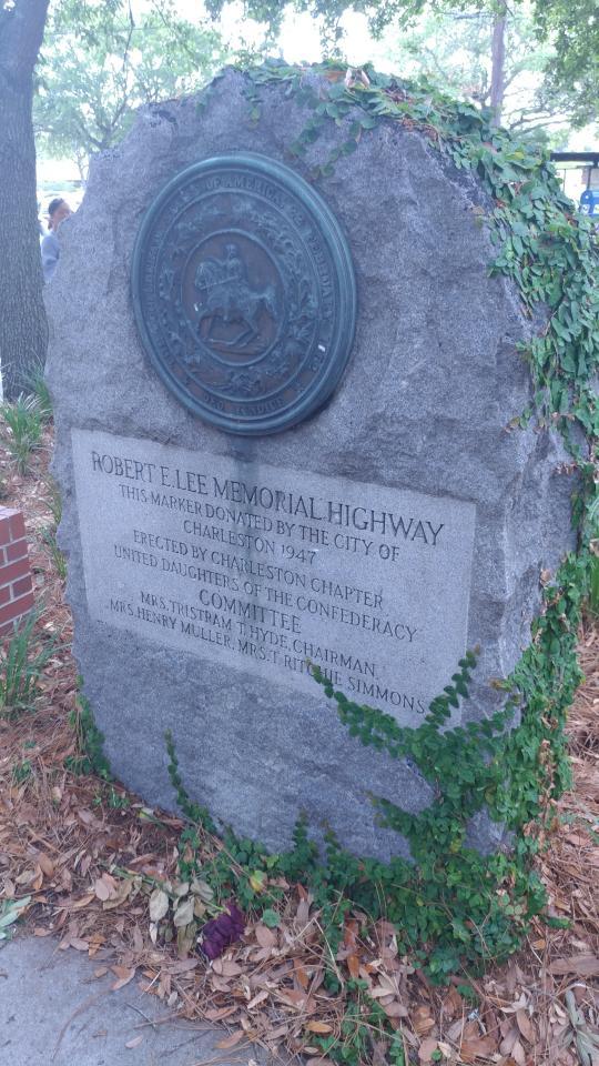 R.E.Lee Memorial Hwy Marker - Downtown Charleston South Carolina