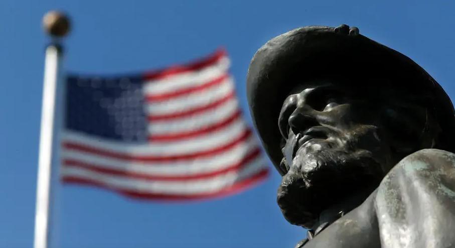 60 Stonewall Jackson Monument at VMI Virginia