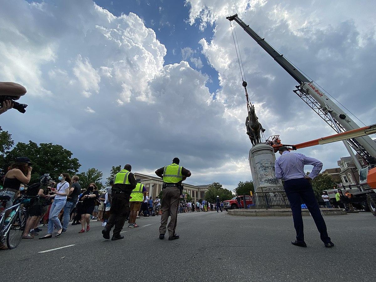 75 Stonewall jackson statue removal