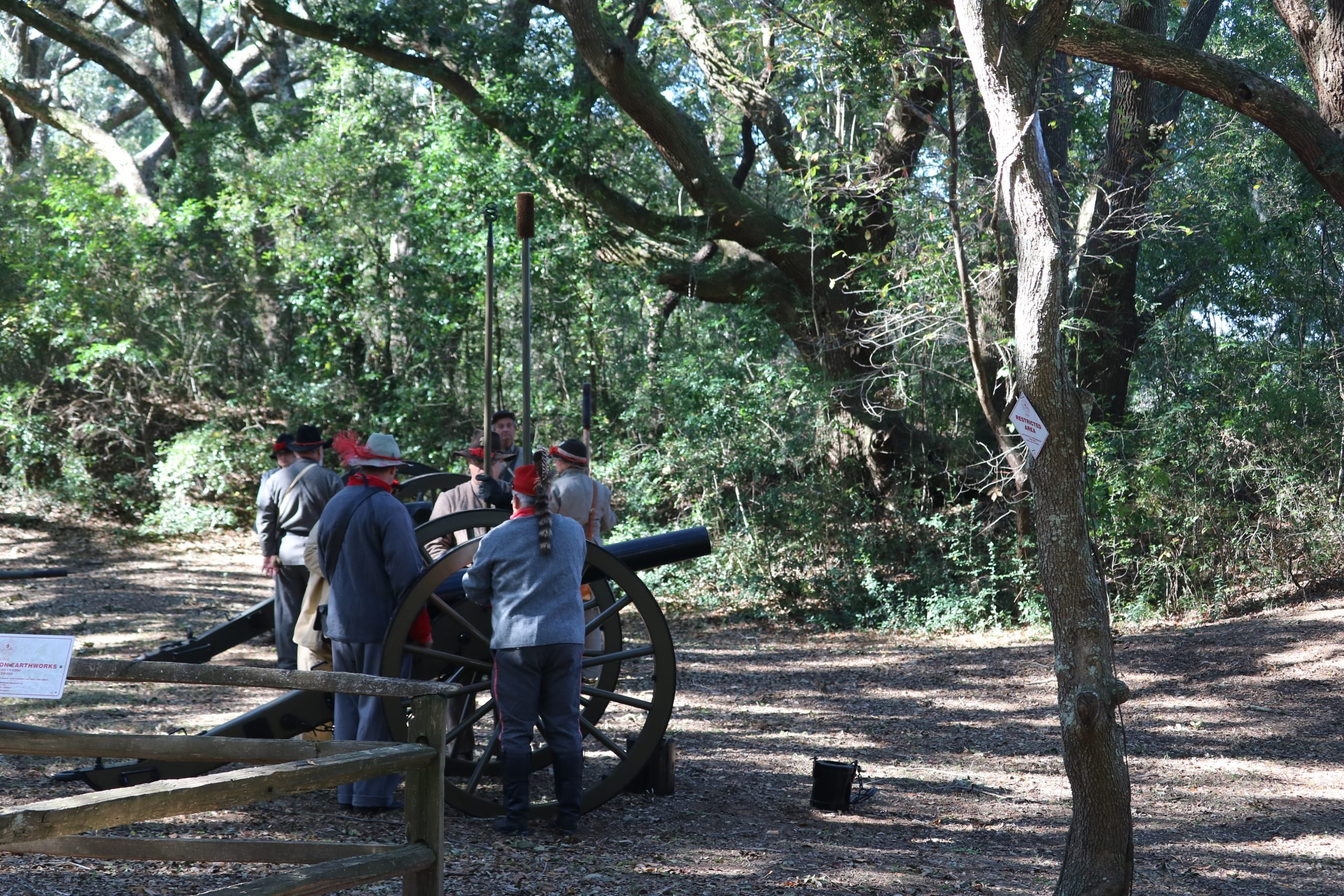 Reenactment Confederate Soldiers