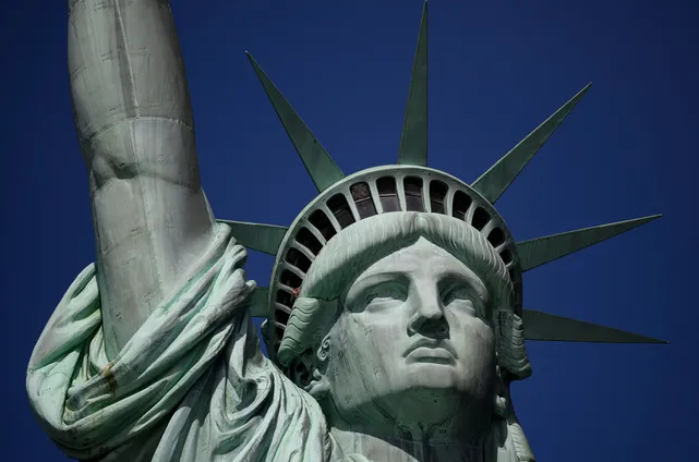 Its Flase as Someone is trying to claim that the Statue of Liberty was supposed to be a Black Woman Designed By France