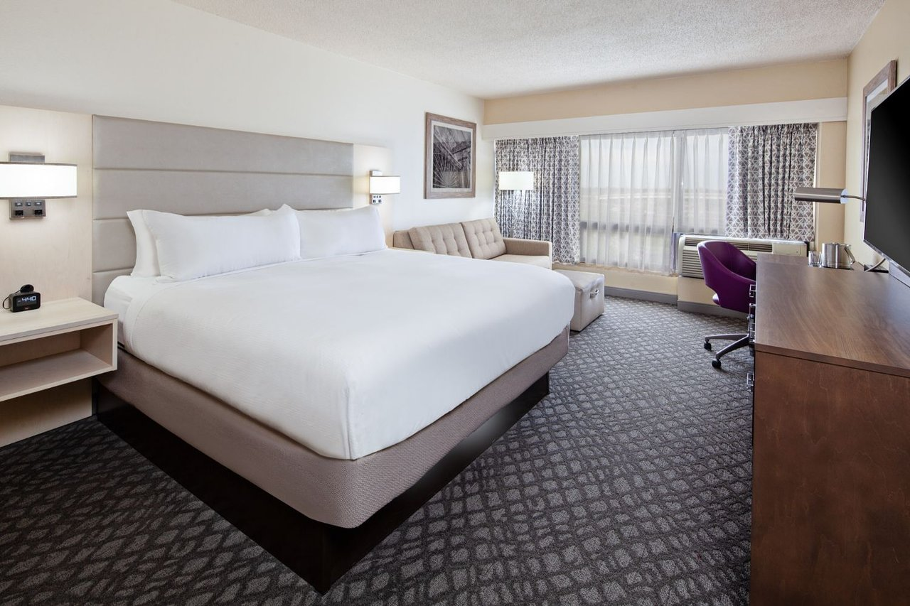DoubleTree by Hilton Hotel New Orleans Airport 4