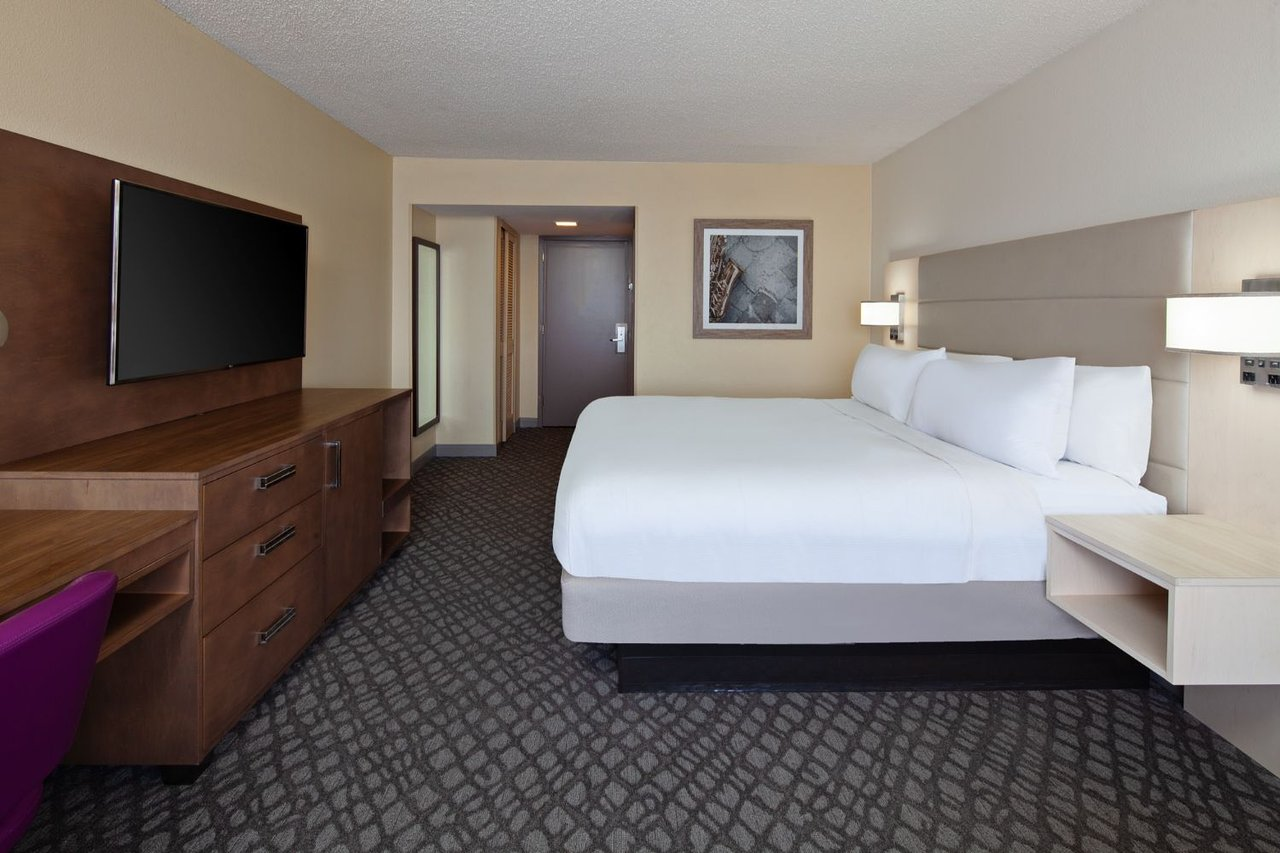 DoubleTree by Hilton Hotel New Orleans Airport 5